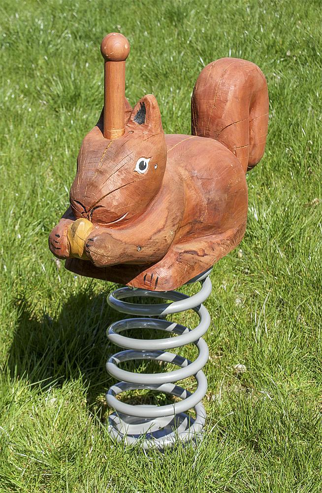 Federwippe Eichhörnchen